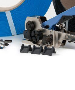 Beschermhoeken, rubber, t.b.v. 12 mm omsnoeringsband. 2.000 stuks per doos.-0